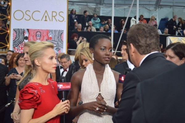 Oscars 2015 and Lupita Nyong'o and Jessica Holmes and Sam Rubin and KTLA TV Anchor & TV Host