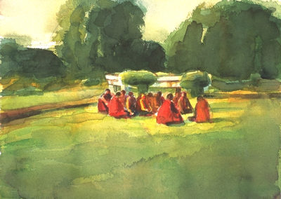img_eba_india_monks-on-grass_1x737