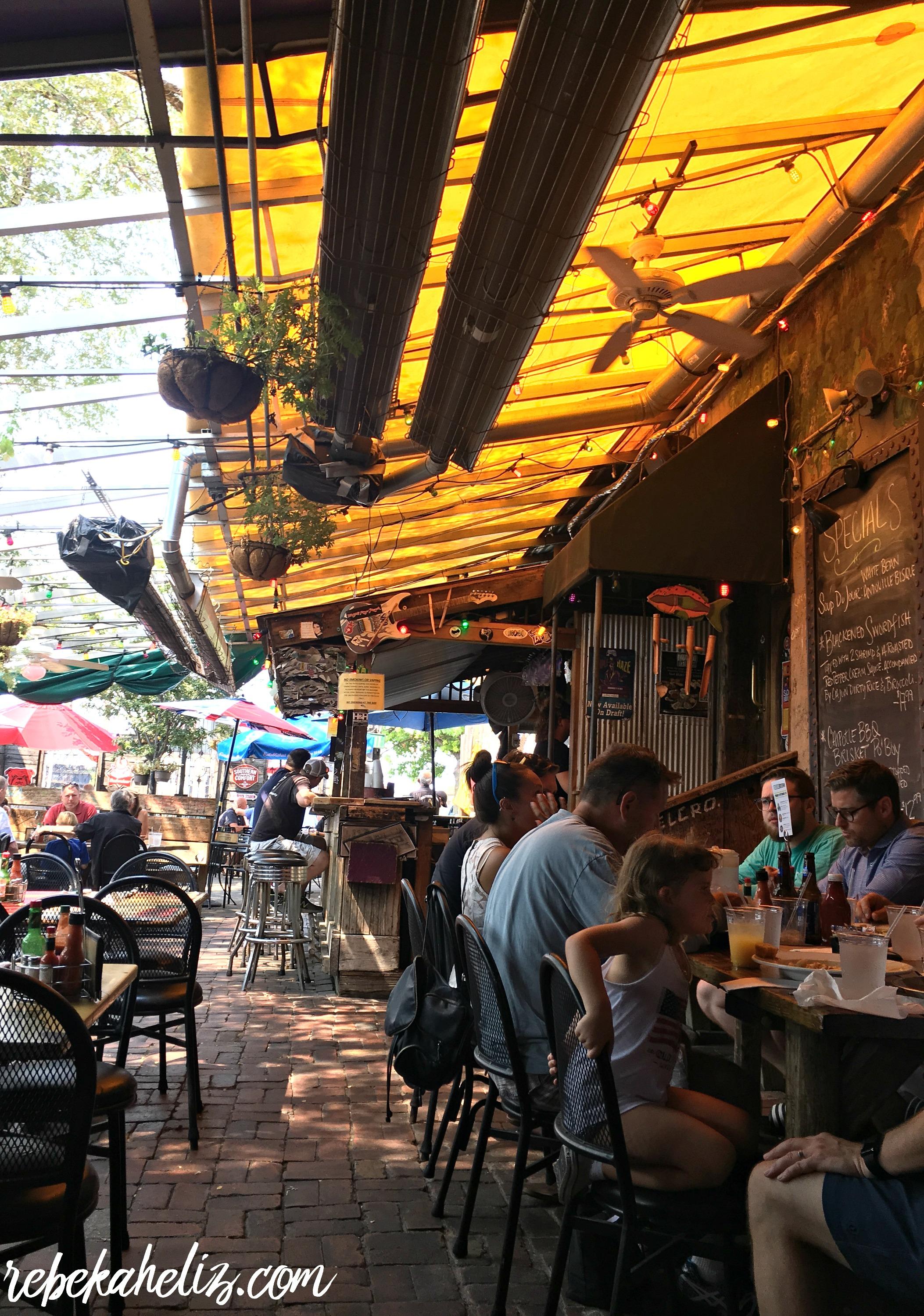 st. louis, restaurants, travel, seafood, broadway oyster bar, st. louis eats
