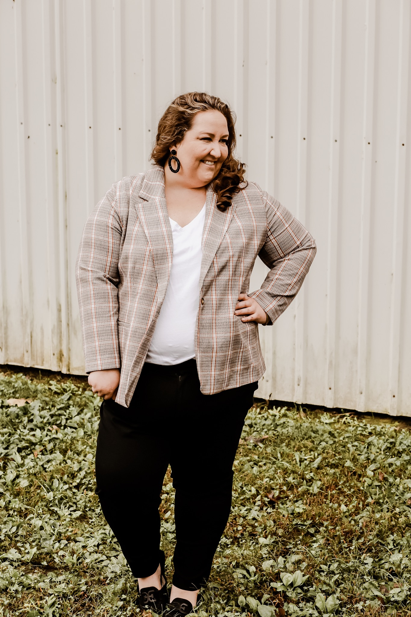 plaid blazer, plus size plaid blazer, plaid blazer outfit, black pants, plus size black pants, ootd, wiw, fall style, #rebekahelizstyle