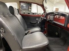 1969_Volkswagen_Beetle35