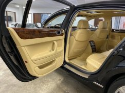 2006_Bentley_Continental_Flying_Spur32