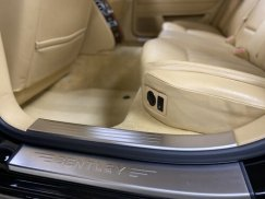 2006_Bentley_Continental_Flying_Spur35