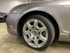 2008_Bentley_Continental_Flying_Spur26