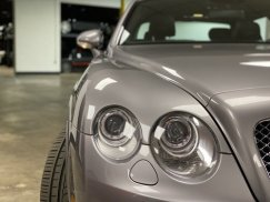 2008_Bentley_Continental_Flying_Spur44
