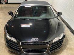 2011-Audi-R8-Spyder_14