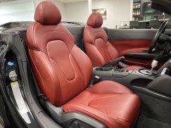 2011-Audi-R8-Spyder_31