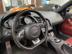 2011-Audi-R8-Spyder_34