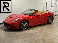 2011_Ferrari_California1