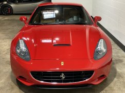 2011_Ferrari_California9
