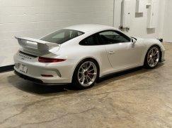2015_Porsche_911_GT311