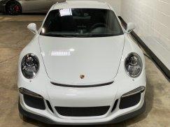 2015_Porsche_911_GT313
