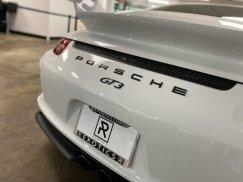 2015_Porsche_911_GT324