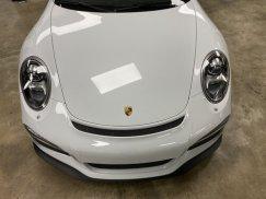 2015_Porsche_911_GT327