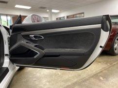 2015_Porsche_911_GT338