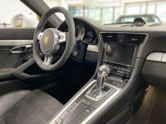 2015_Porsche_911_GT345