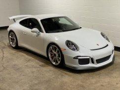 2015_Porsche_911_GT38