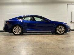 2016-Tesla-Model-S-75D_10