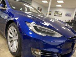 2016-Tesla-Model-S-75D_17