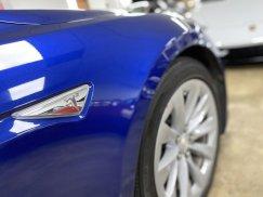 2016-Tesla-Model-S-75D_18