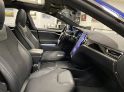 2016-Tesla-Model-S-75D_29