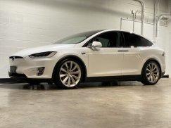 2016_Tesla_Model_X_P90D2