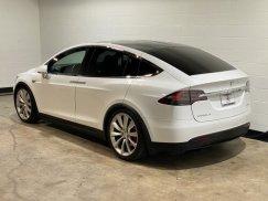 2016_Tesla_Model_X_P90D4