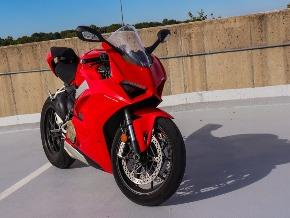 2018 Ducati V4