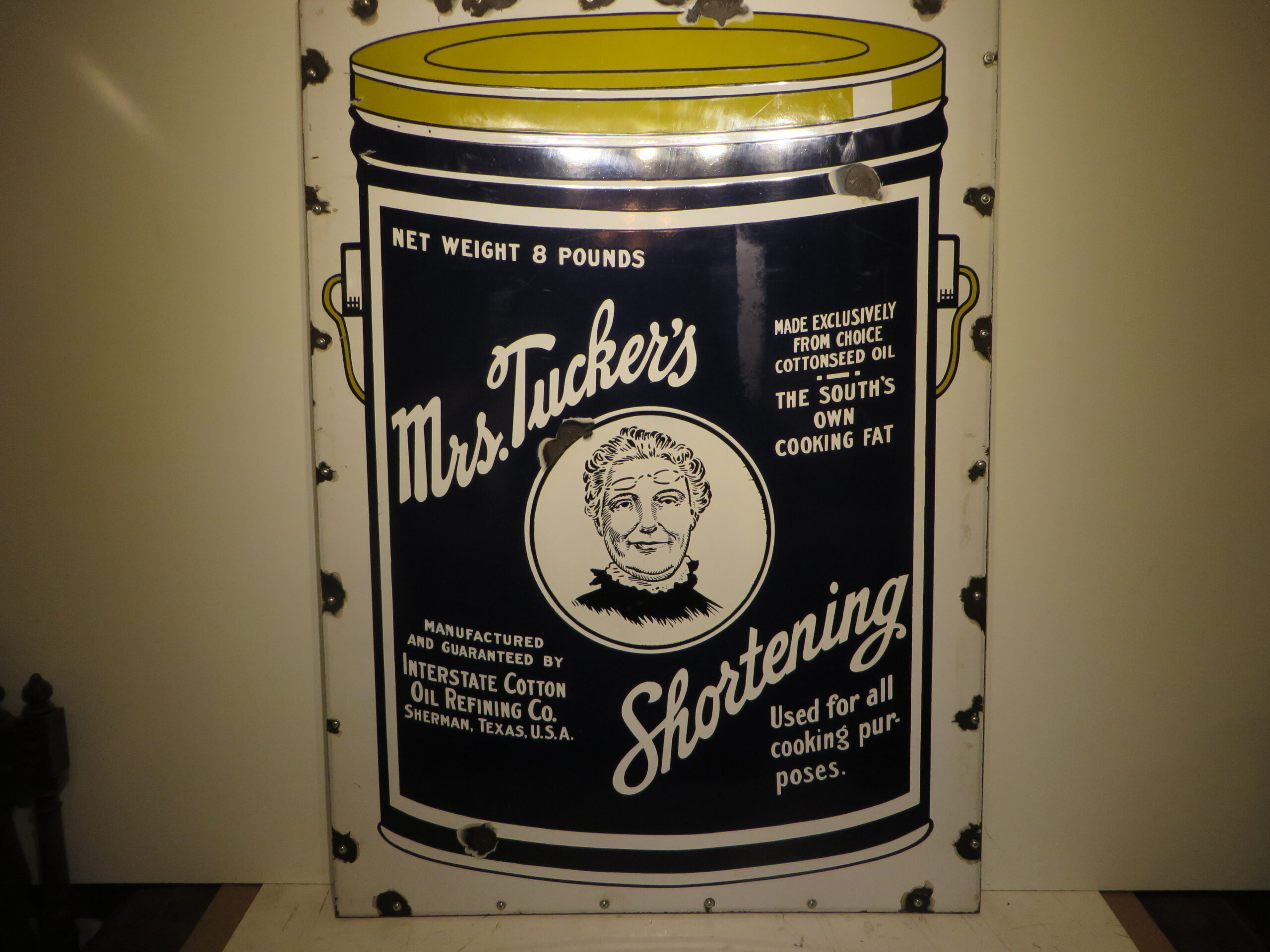 33×45″ SSP 1930 Mrs. Tuckers' Shorting Porcelain Sign