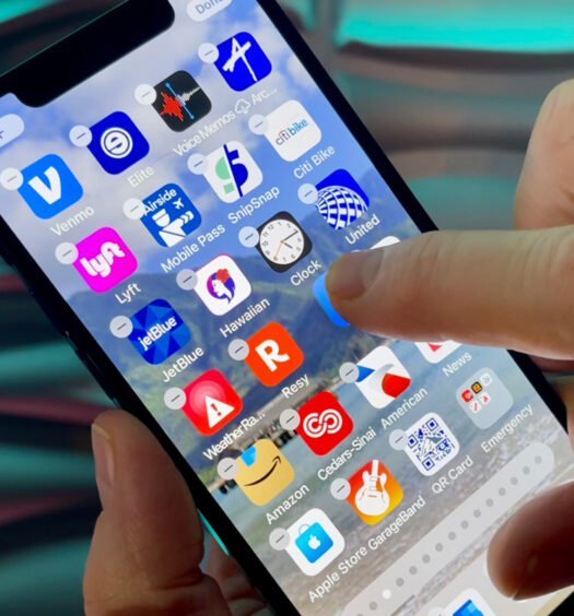 How To Organize Apps On An IPhone