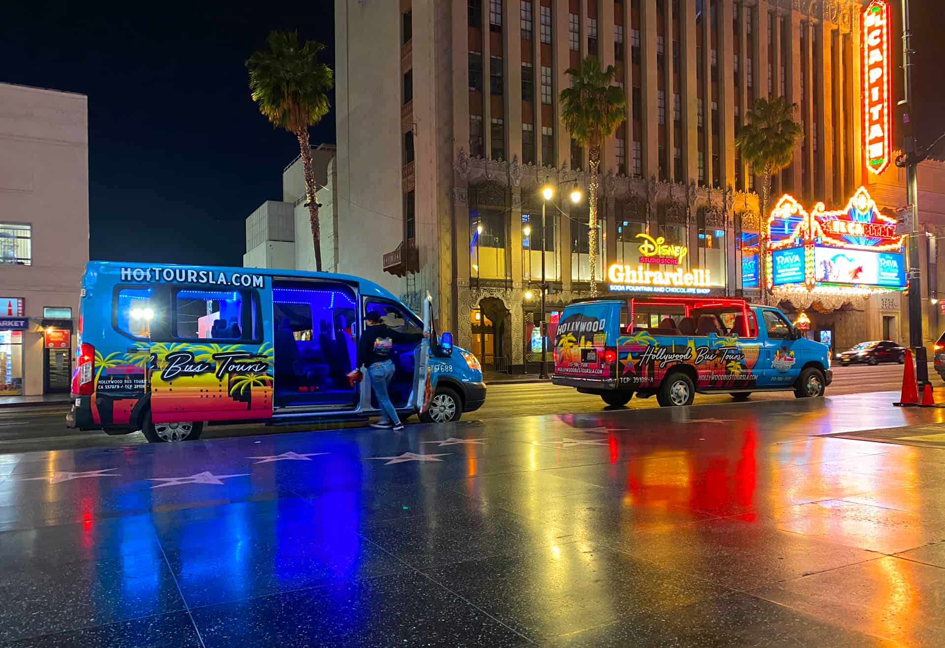 Hollywood Nightlife Experience Bus Tours