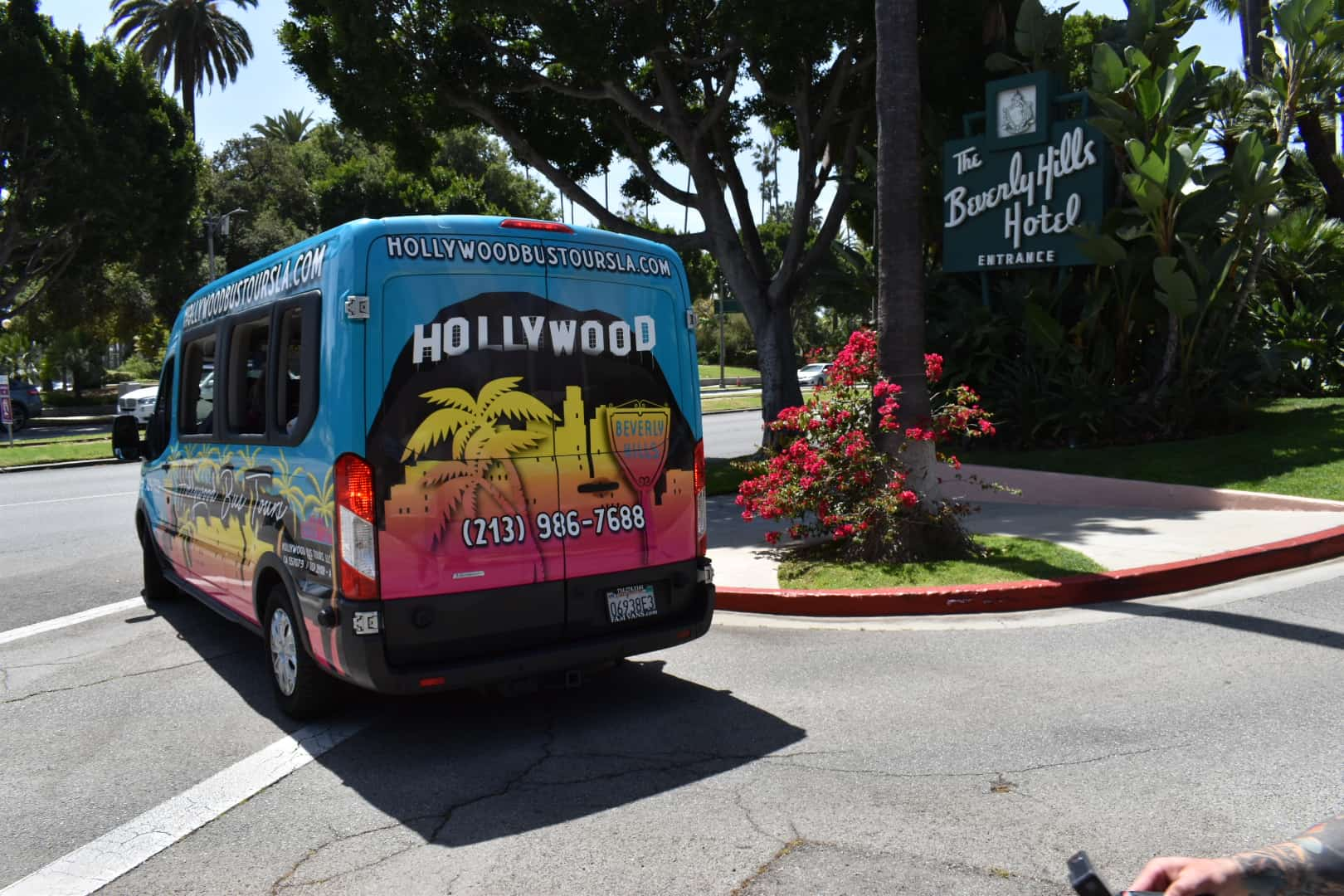 Hollywood Bus Tours - Beverly Hills Hotel