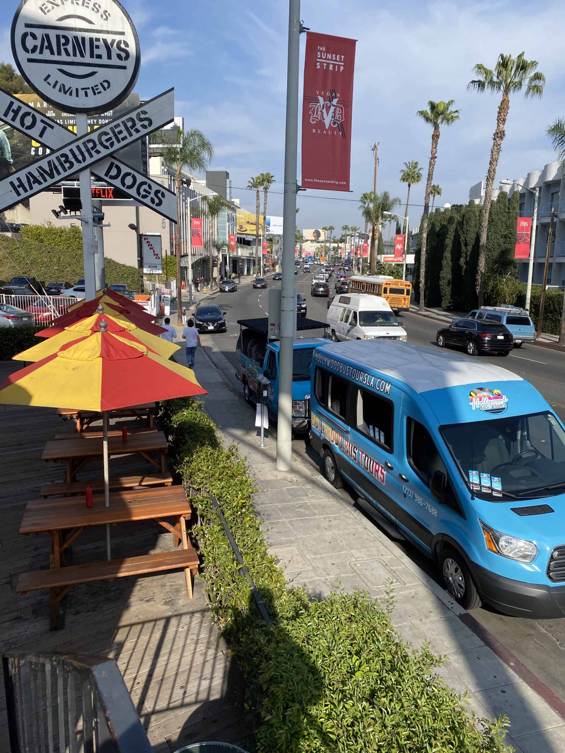 Hollywood Bus Tours - Carneys
