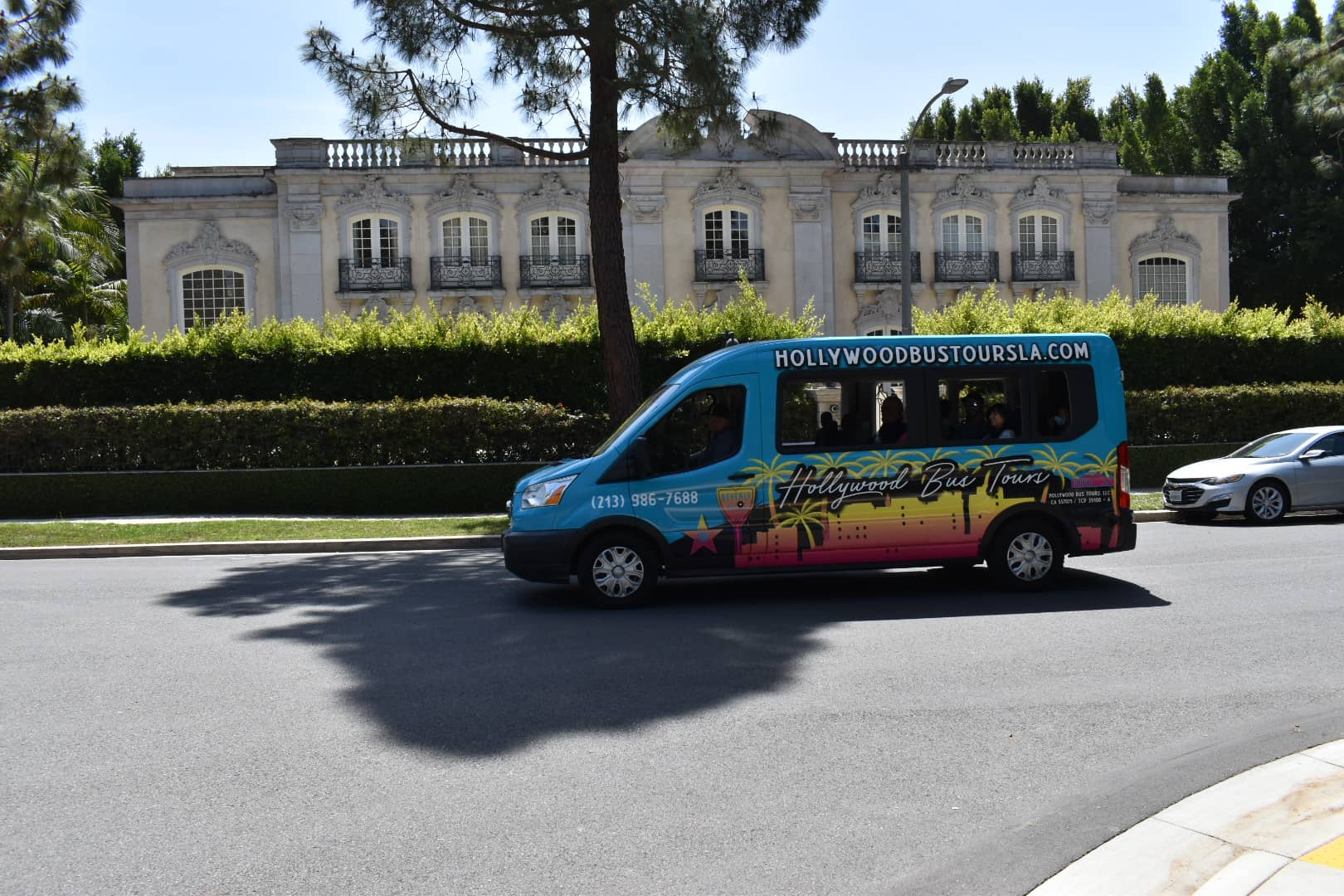 Hollywood Bus Tours - Celebrity Homes Tour