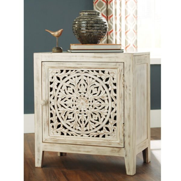 Fossil Ridge Accent Cabinet (Room View)