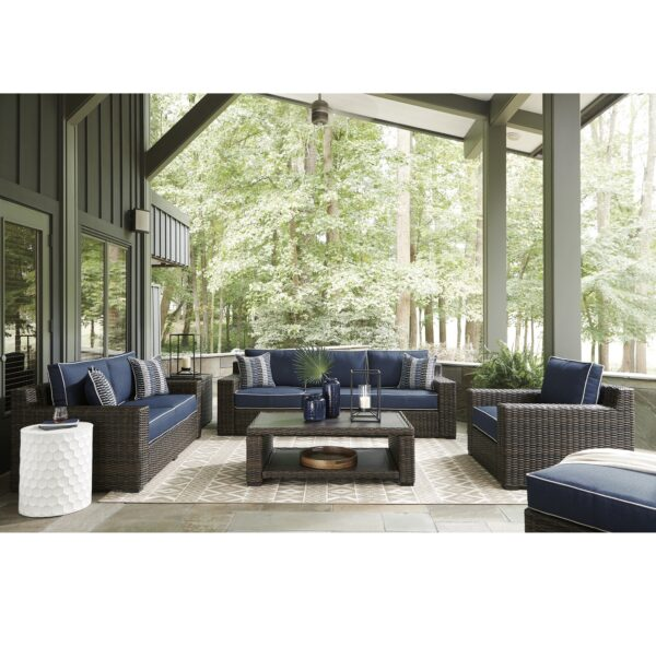 Grasson Lane Outdoor Seating Collection (Room View)