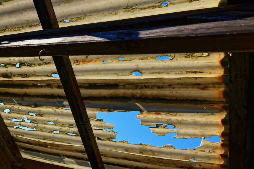 repair damaged corrugated plastic roofing
