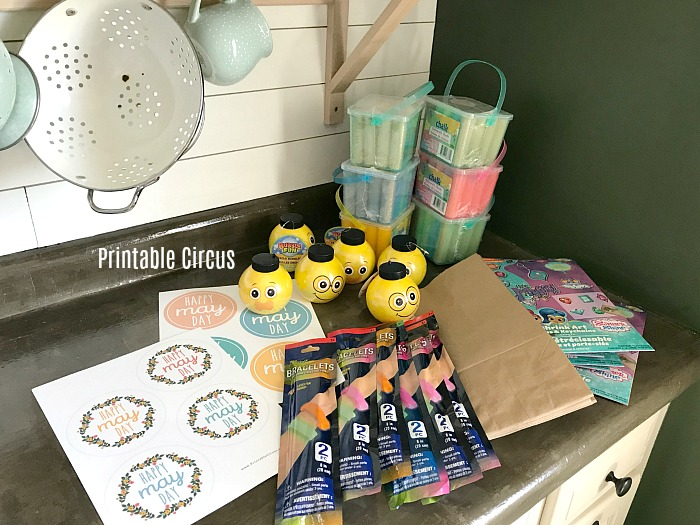making dollar store May Day gift bags