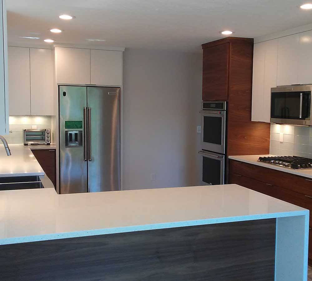 Kitchen Remodel Finished in Modern Style