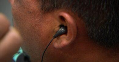 Bahaya! Ubah tabiat suka pinjam earphone sekarang