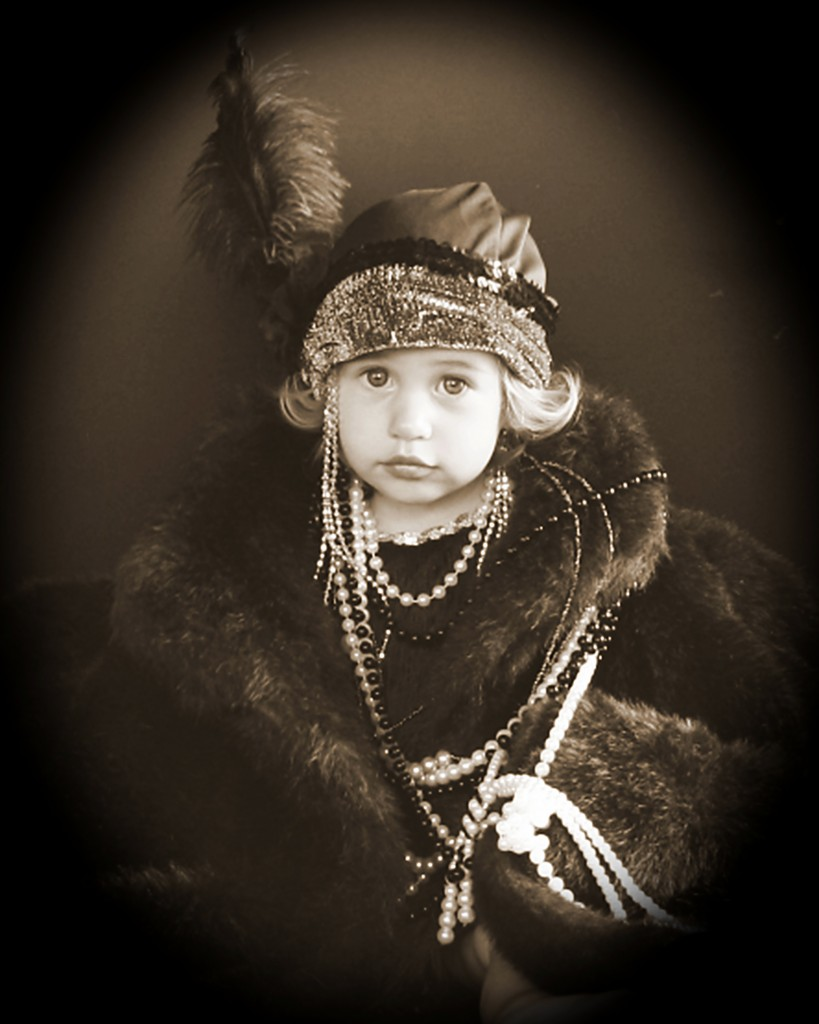 Best in Show Cate 4- Best Picture of a Child, Nikki Alexander with Buster's Old Time Photos in Branson, MO