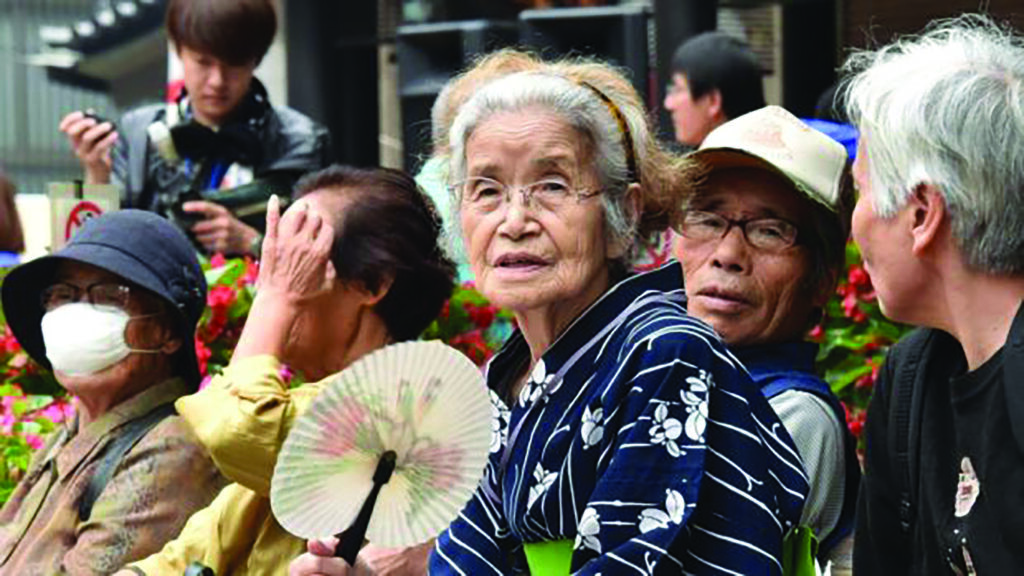 Çin ve Japonya yaşlanıyor