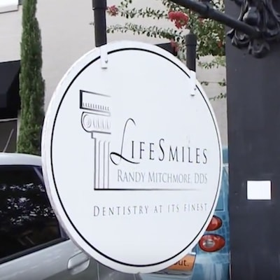 LifeSmiles white sign, outside the dental practice