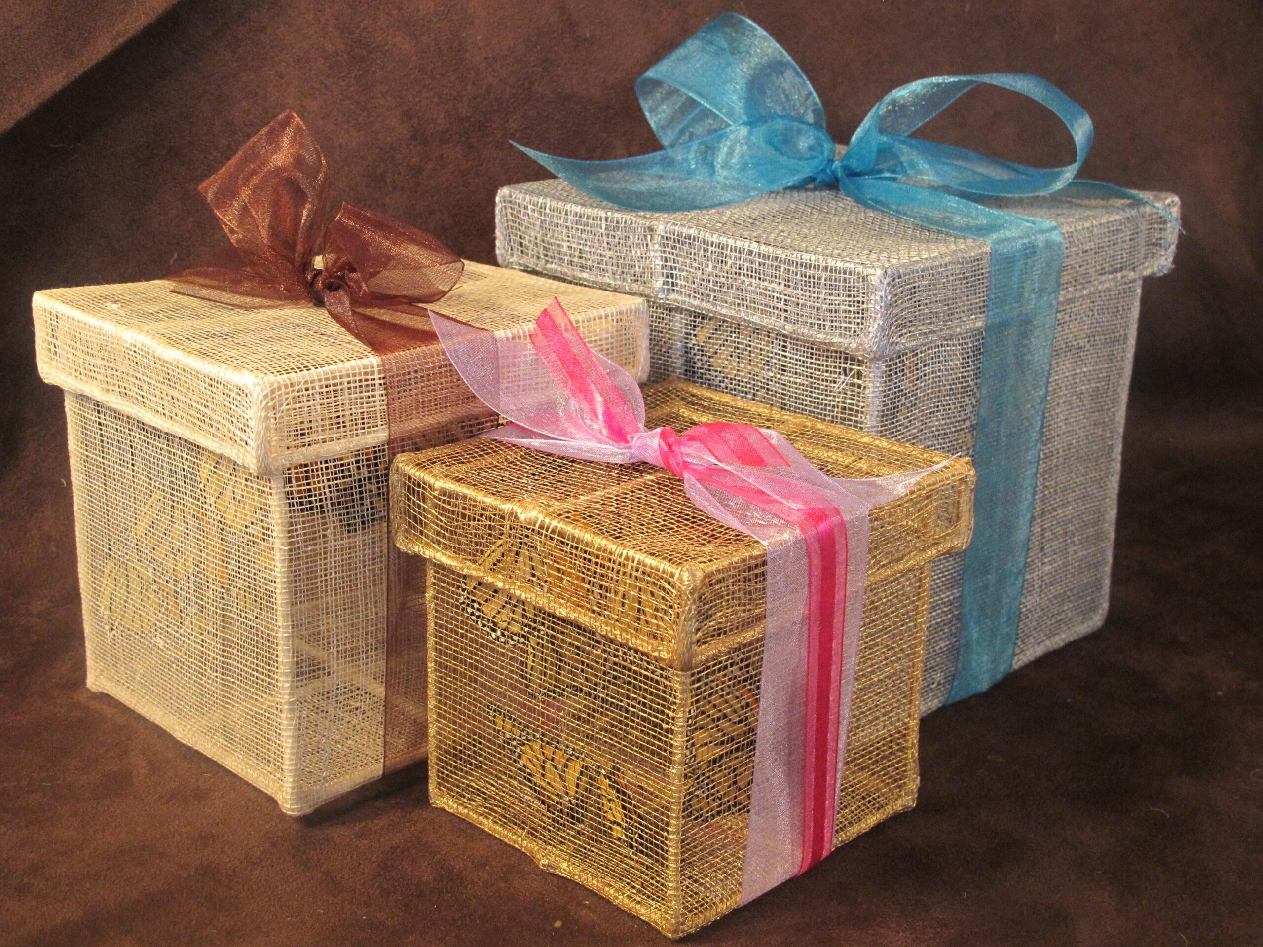 Sinamay Boxes