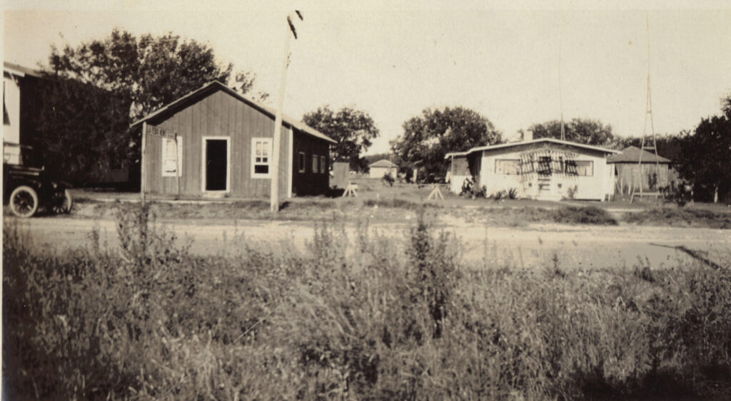 Printing Office (La Feria News) and 1st Smith Home In Texas