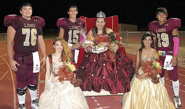 Above: Left to right – Jesus Martinez, Alexia Lopez (princess), Bryan Casas, Kassandra Zambrano (Homecoming Queen) , Aleiah Garza (princess),  Javier Loredo.