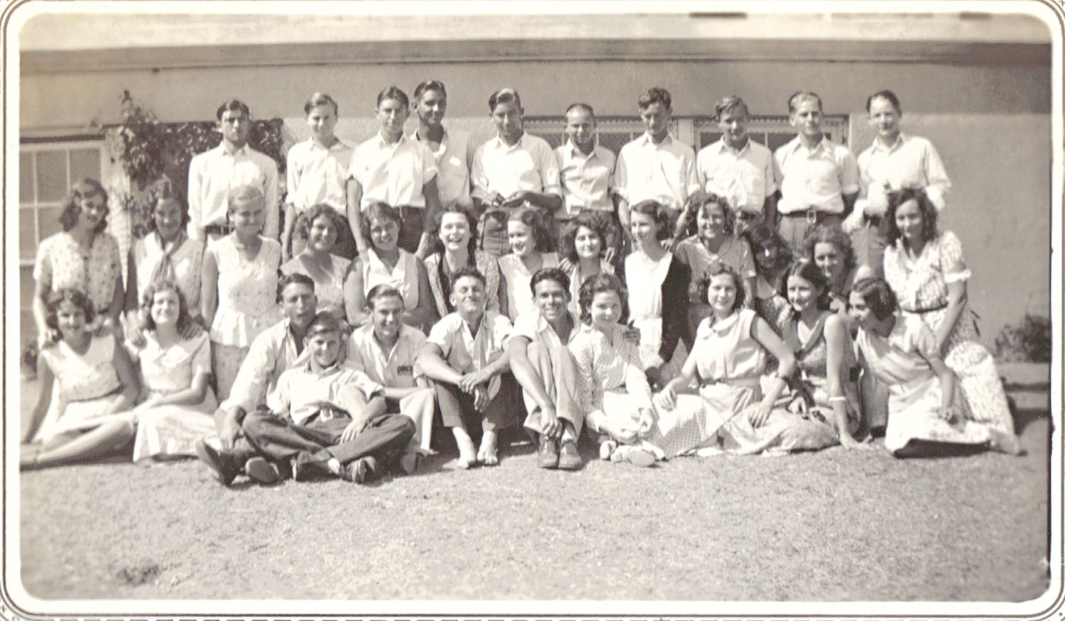 Another undated photo, this time of a La Feria High School class. Photo: LFN archives.