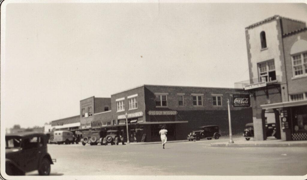 Undated photo of Main Street, La Feria, Texas. Photo: LFNArchives
