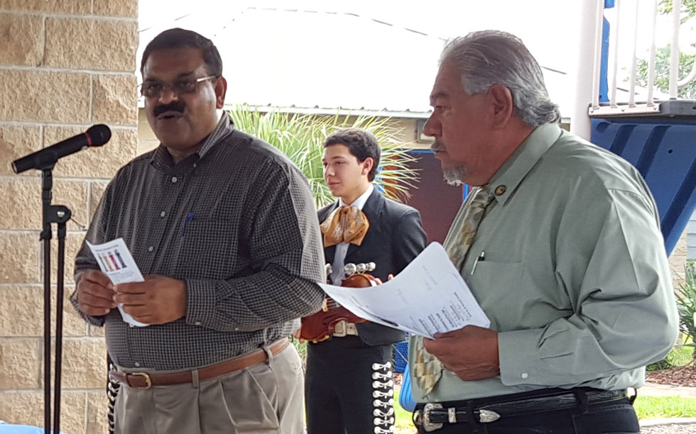 Mayor Gonzalez, Jr. and City Manager Sunny K. Philip honor the Service and contribution of Carmen Tinajero to the city of La Feria.