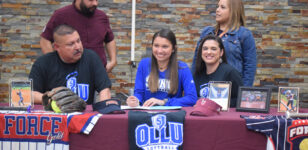 Softball standout Garza headed to OLLU in San Antonio